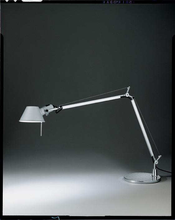 Lampe de bureau tolomeo mini artemide luminaires pierrel - Lampe de bureau artemide ...